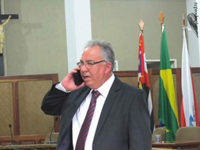Vice Luiz Carlos Pião assume prefeitura de São Luiz